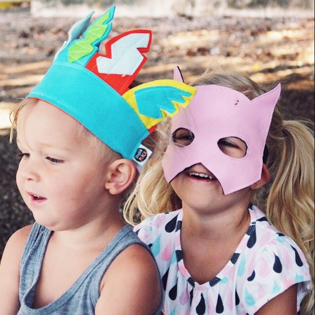 Image of Feather headdress - confetti boys