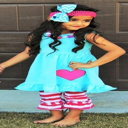 Image of Heart Tunic & Stripe Capri Pant Set in Bright Blue and Pink