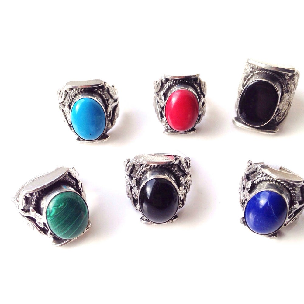 Image of Albali chunky ring in multiple colours