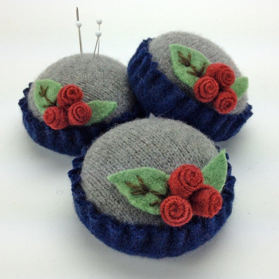 Image of Rosebud Pincushion - Gray & Blue