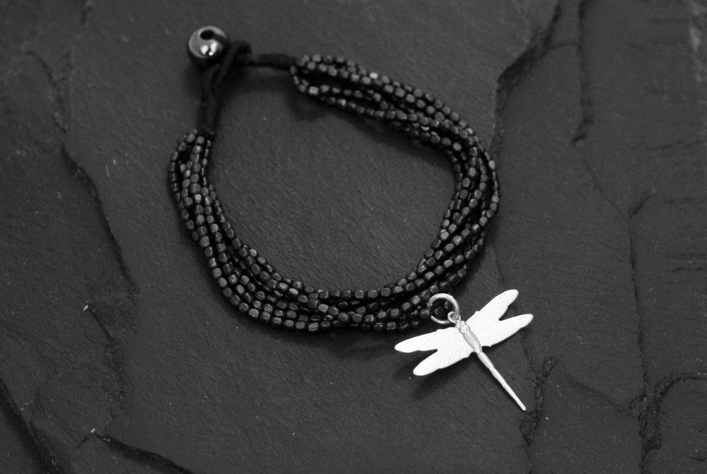 Image of Hammered bracelet 6 rows black oxide with dragonfly brass