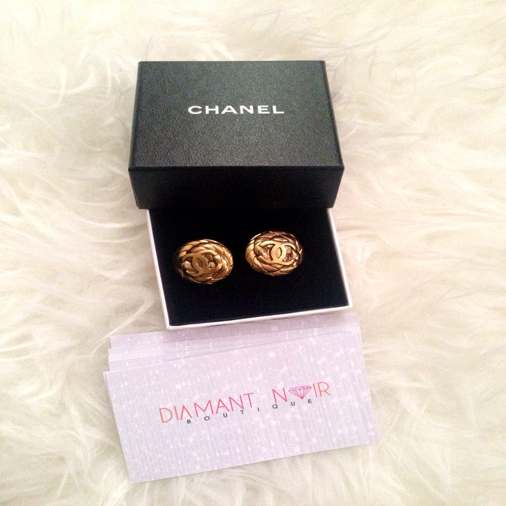 Image of CHANEL CC Logo/Rope Vintage Clip-On Earring 97P Gold Plated
