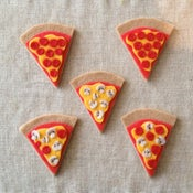 Image of pizza brooches (ready-to-ship)