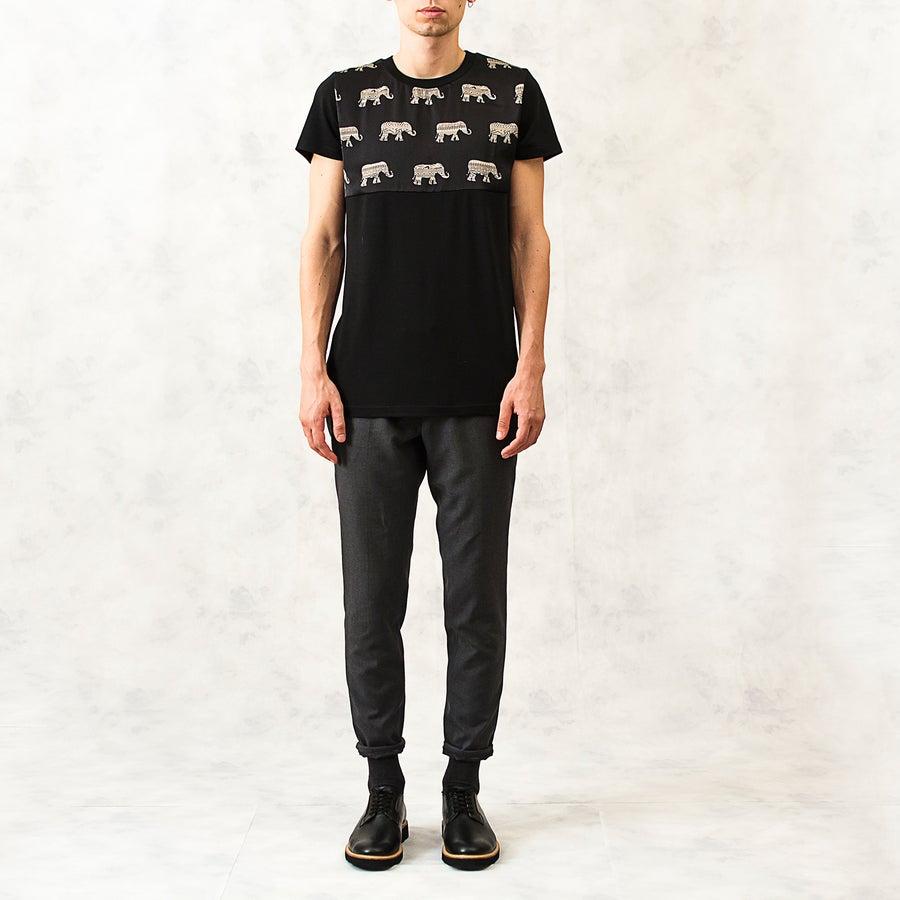 Image of Mosaic Elephant Yoke Print Cotton T-Shirt