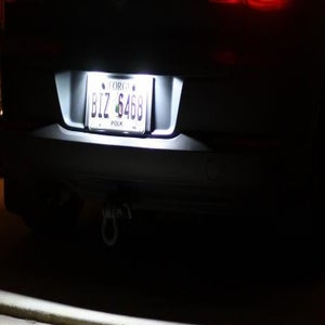 Image of 2pcs Hyper Crisp White [Error Free] LED License Plate Kit fits: MK6/MK5 GOLF/GTI