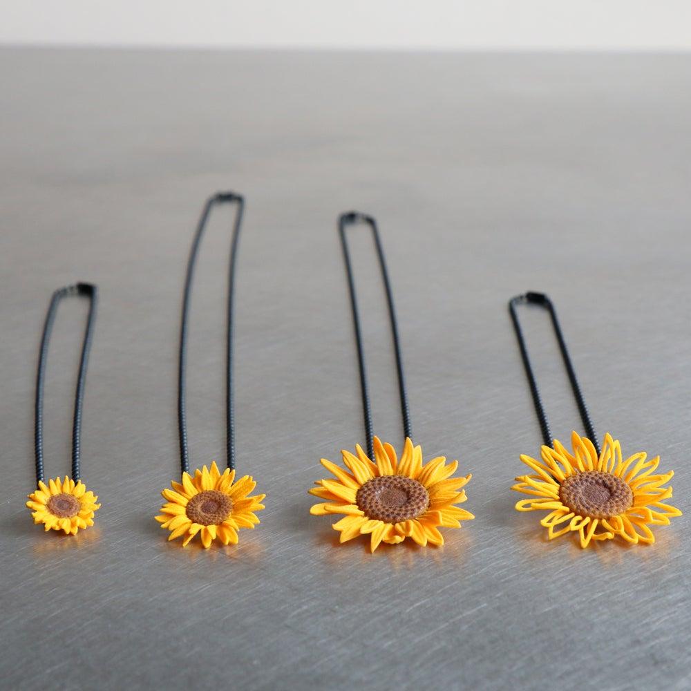 Image of 3D printed Pendants Van Gogh Sunflower