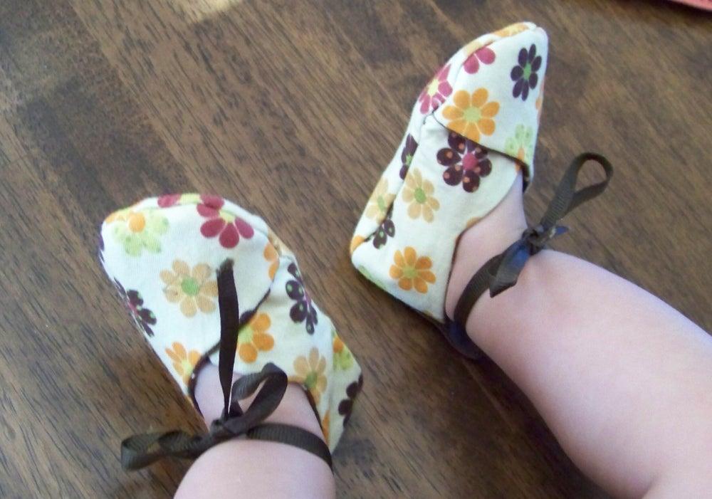 Image of Kawaii Kimono Baby Shoe Sewing Pattern