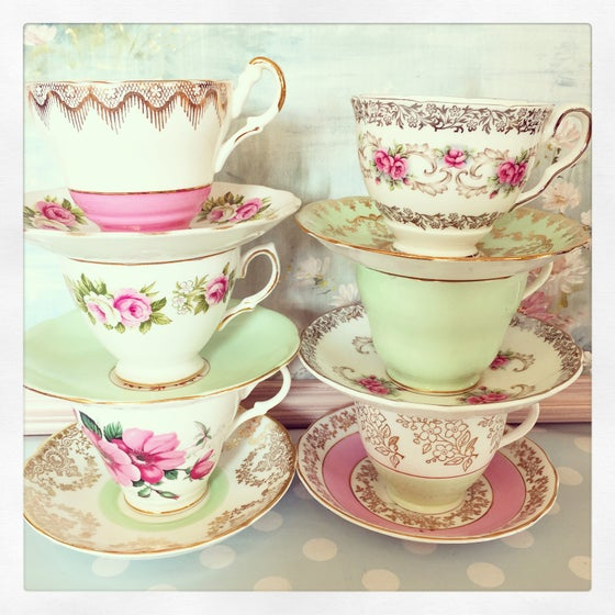 """Image of Beautiful vintage 21 piece mismatched tea set """"hot pink and mint"""""""