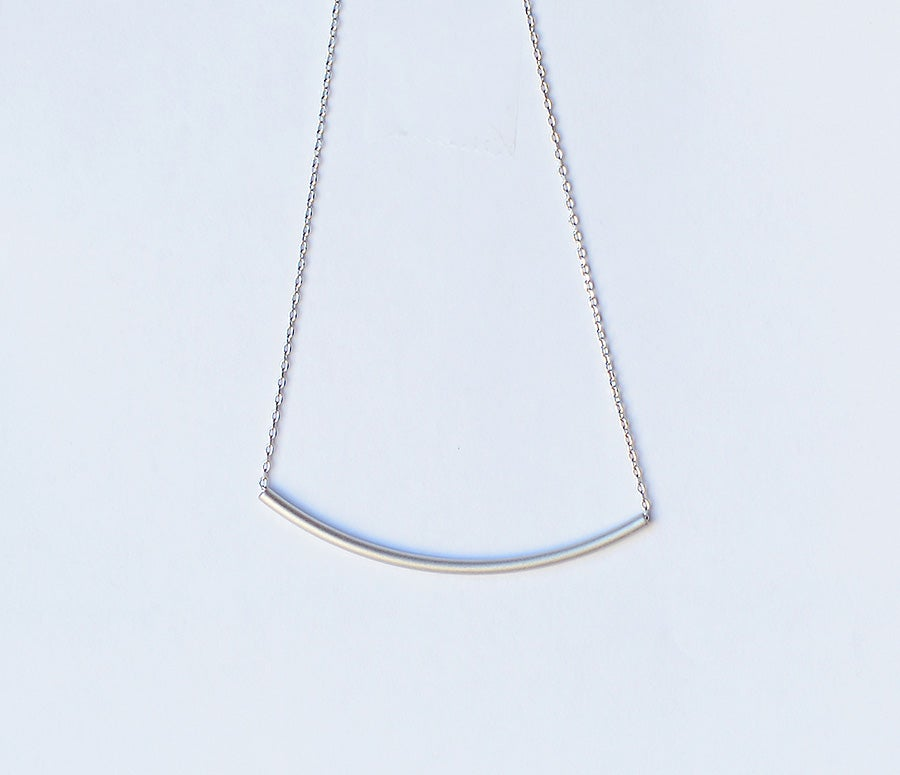 Image of Curved Bar Necklace
