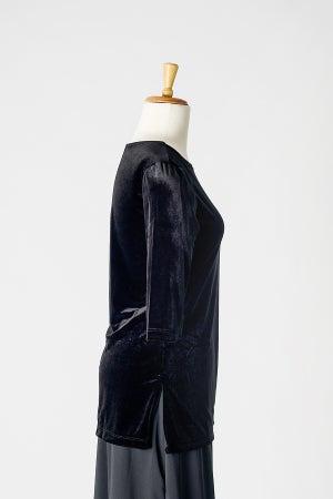 Image of Velvet Round Neck Tunic Top