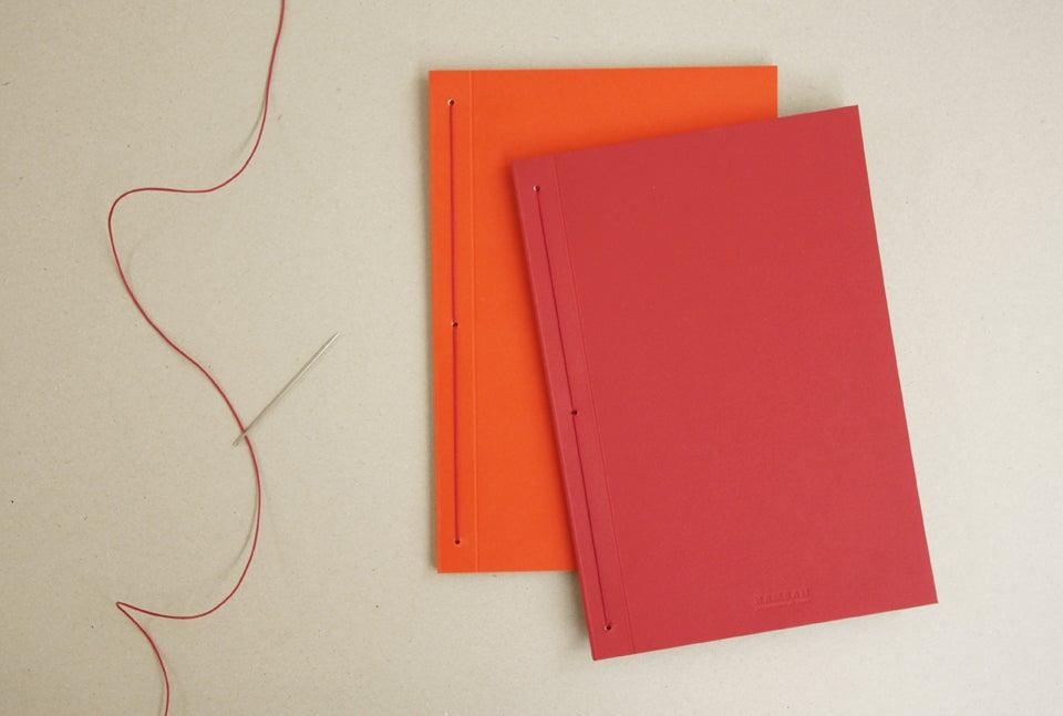 Image of Caderno pautado IRO vertical   Ruled IRO notebook B5