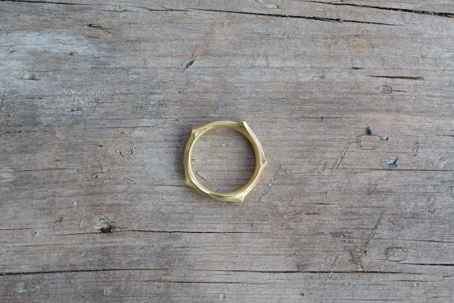 Image of Twig Ring with Diamonds