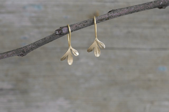 Image of Rue Earrings 3 leaf