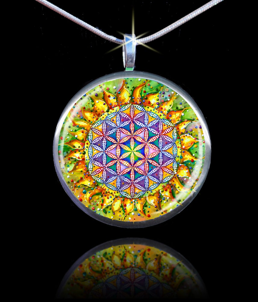 Image of Flower Of Life Sacred Energy Pendant - The vibration of the creator