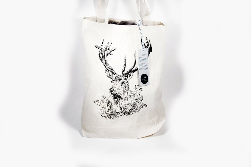 """Image of """"Cervidae"""" Stag Tote Bags"""