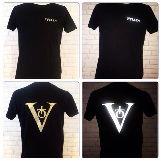 Image of Signature Reflectra Tee - Black