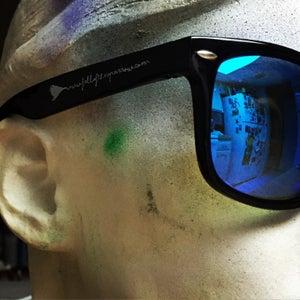 Image of Black Wayfarer sunglasses!