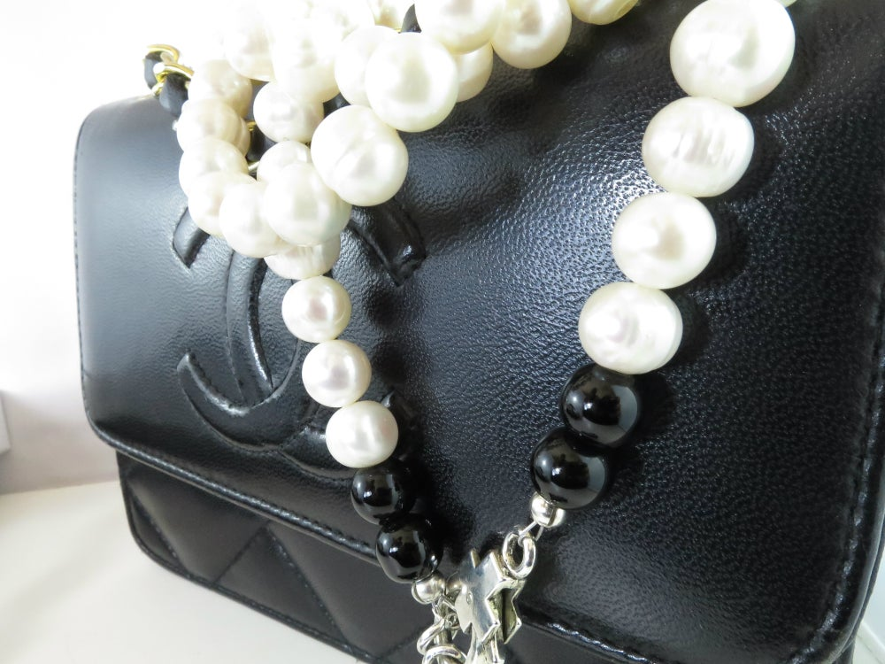 Image of N042-Freshwater Pearl necklace with black cross