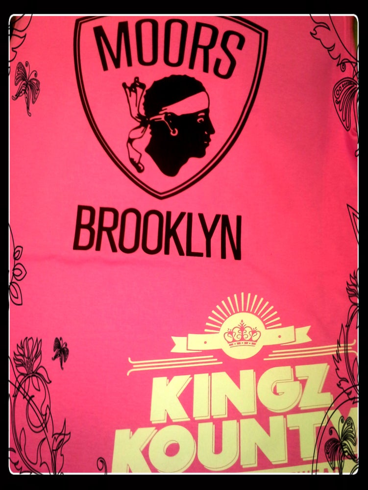 "Image of MOORS BROOKLYN ""NETS"" BABYDOLL TEES"