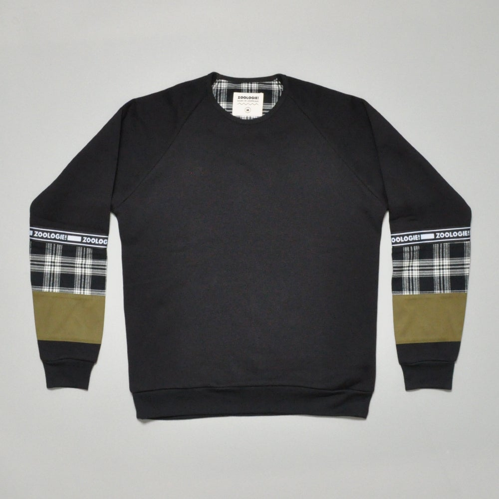 Image of CHAMBER SWEATER - BLACK