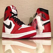 "Image of NIKE Air Jordan 1 ""Chicago"""