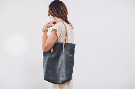 Image of STONE TOTE