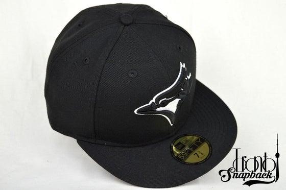 Image of TORONTO BLUE JAYS CUSTOM BLACK/WHITE NEW ERA 5950 FITTED CAP