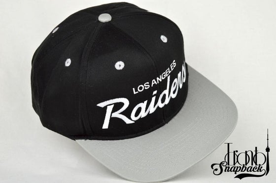 Image of LOS ANGELES RAIDER BLACK/GREY VINTAGE SNAPBACK CAP
