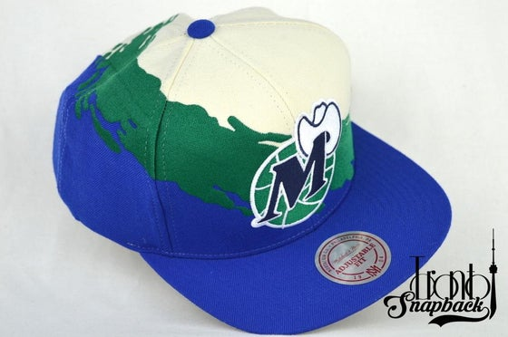 Image of DALLAS MAVERICKS MITCHELL & NESS SPLASH SNAPBACK