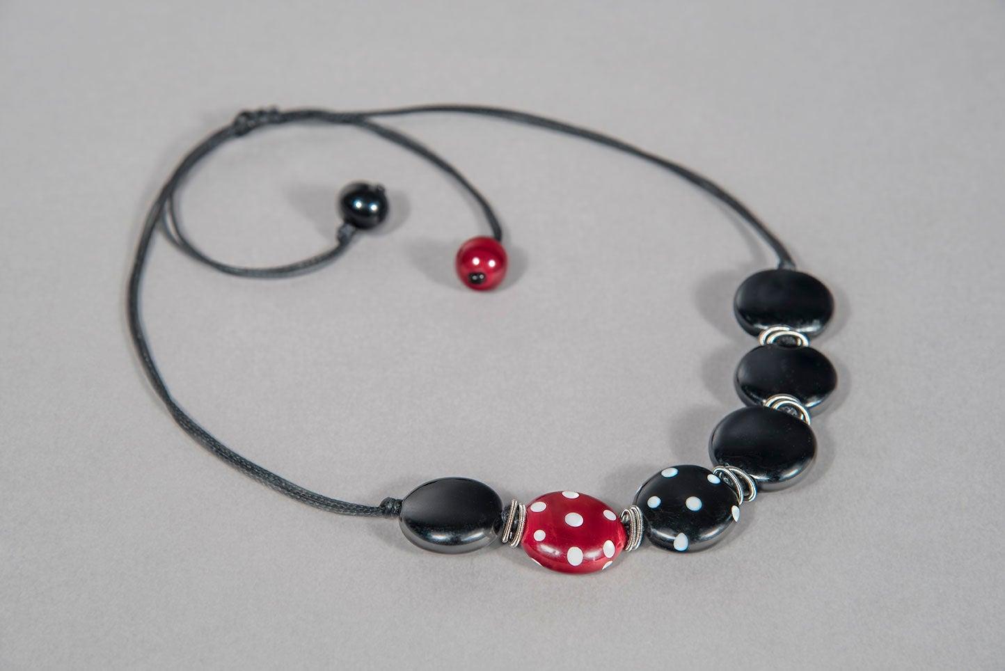 Image of collana MINNIE in perle di vetro di Murano