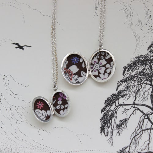 Image of arrow lockets