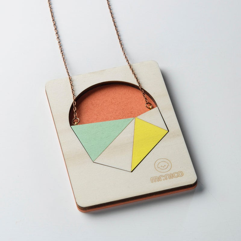 Image of necklace 009