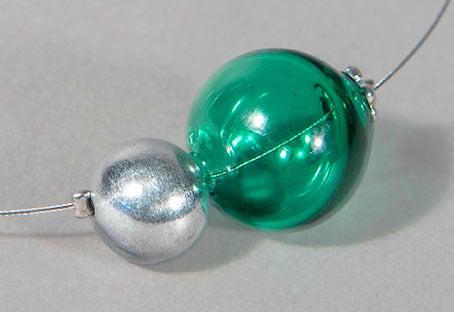 Image of collana MINIMALIA in perle soffiate di vetro trasparente di Murano