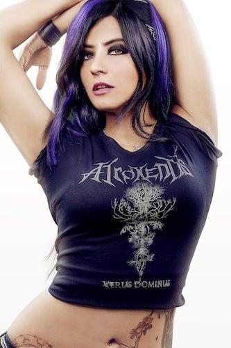 Image of Atroxentis V-Neck Girly