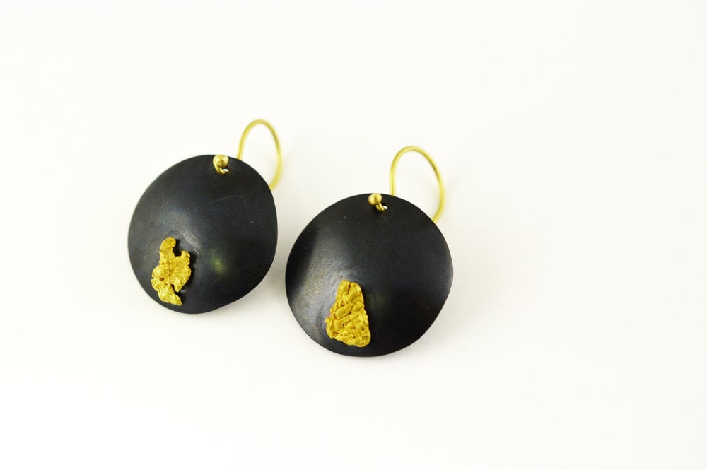 Image of Alluvial Dome Earrings