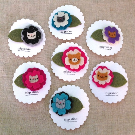 Image of cat + bear ume flower clips