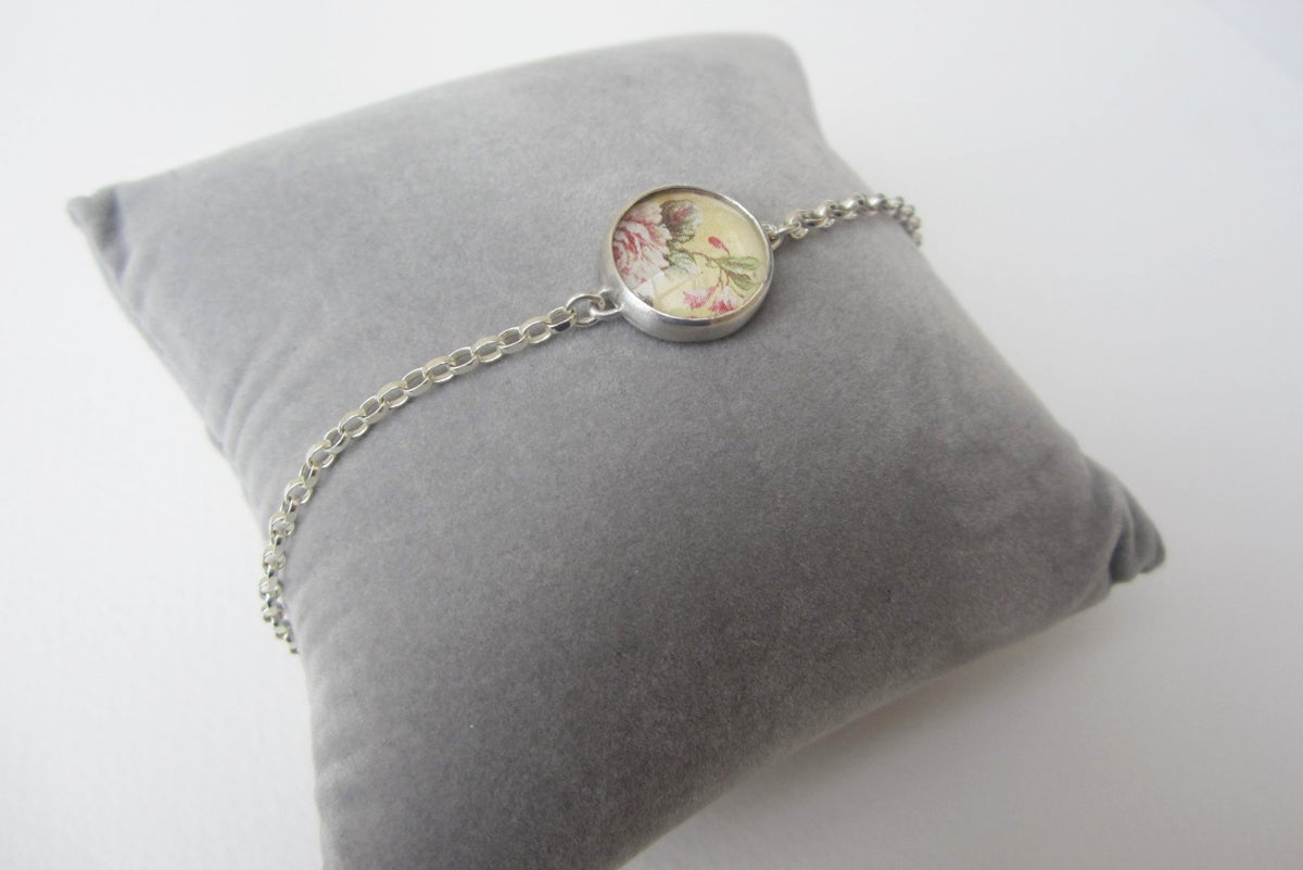 Image of Summer Flowers Bracelet