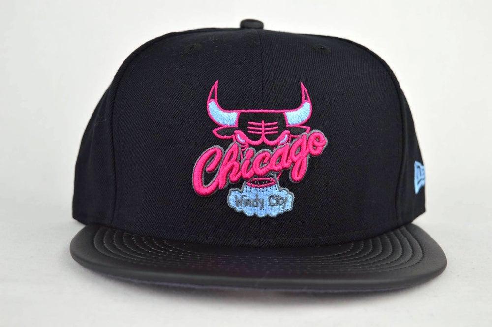 Image of CHICAGO BULLS CUSTOM LEATHER VISOR NEW ERA 950 SNAPBACK CAP
