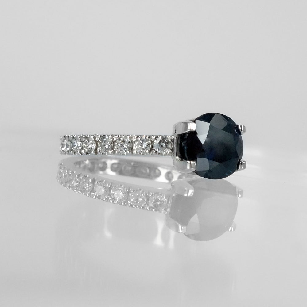 Image of PJ4879 18ct white gold and oval sapphire ring