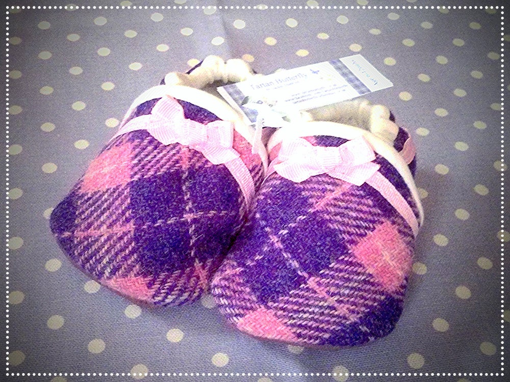Image of Harris Tweed Baby Shoes - Light Pink/Purple Check