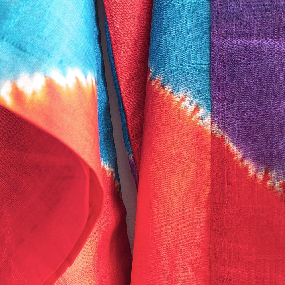Image of Blå, rød, lilla silke kimono m. shibori striber