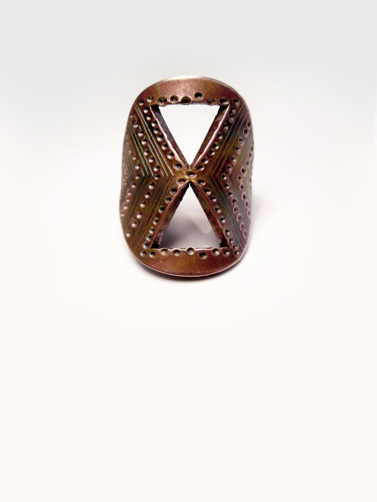 Image of SHIELD RING: SANDS OF TIME (COPPER)