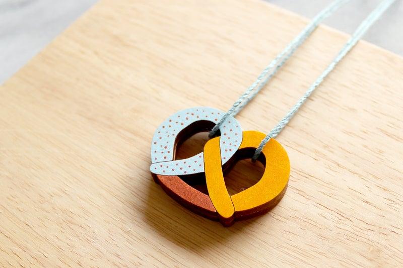 Image of Pretzel Necklace
