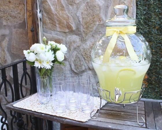 Image of DISPENSADOR DE BEBIDAS REDONDO con detalle 11 litros