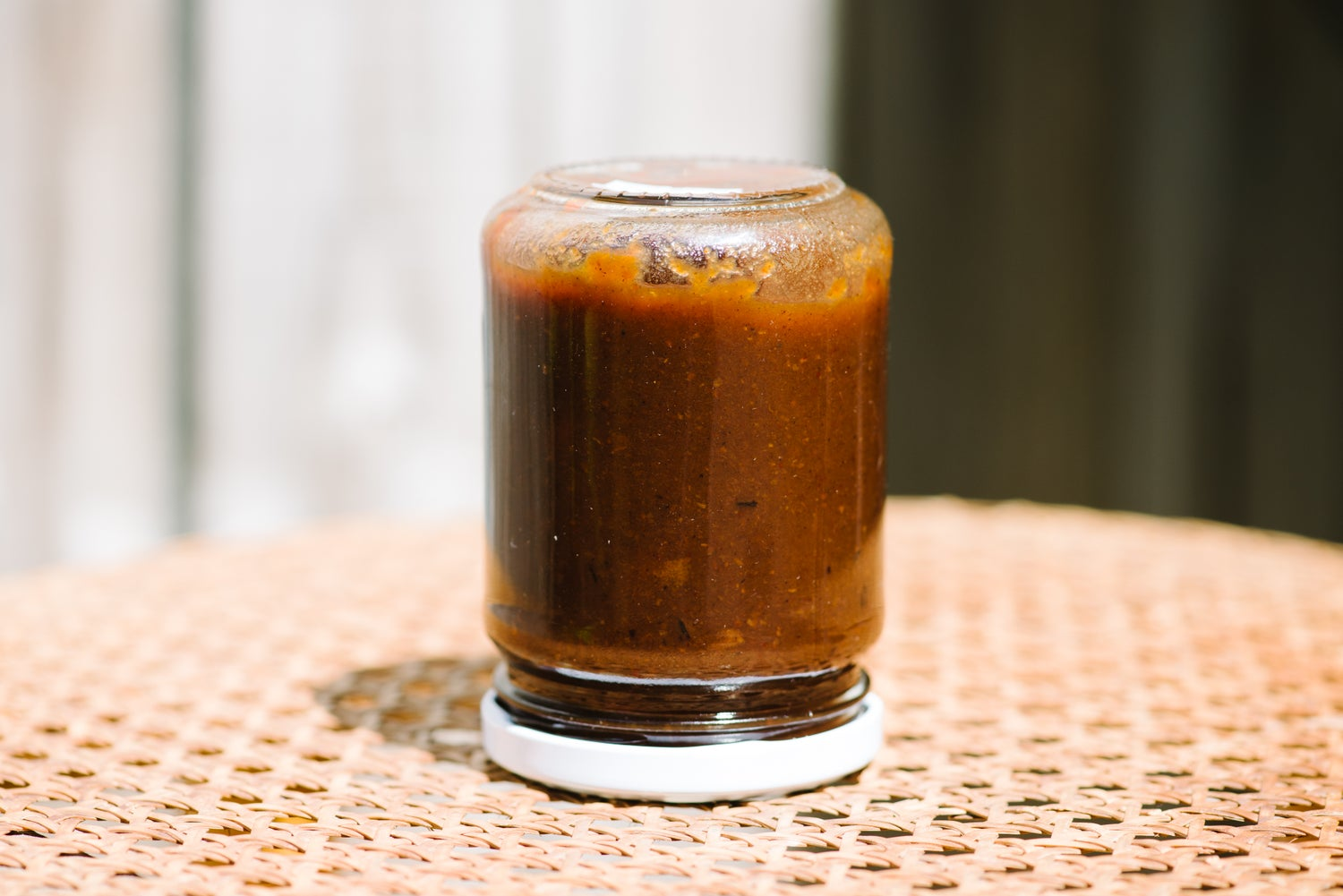 Image of fairtrade tamarind + apple chutney