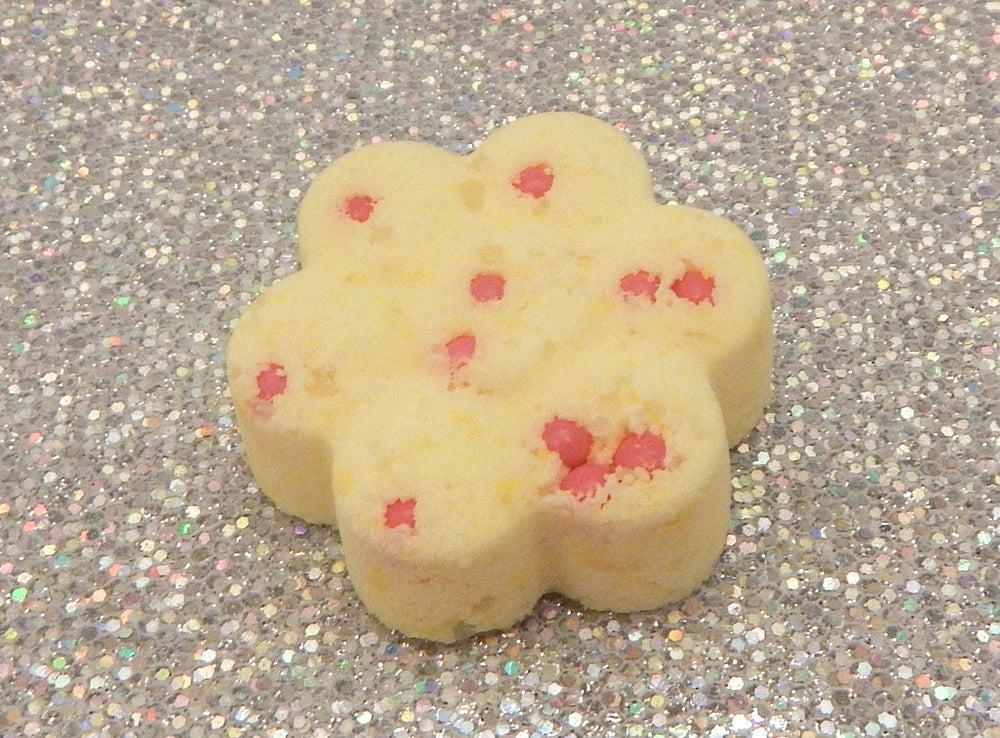 Image of Raspberry Lemonade Mani/Pedi Bomb