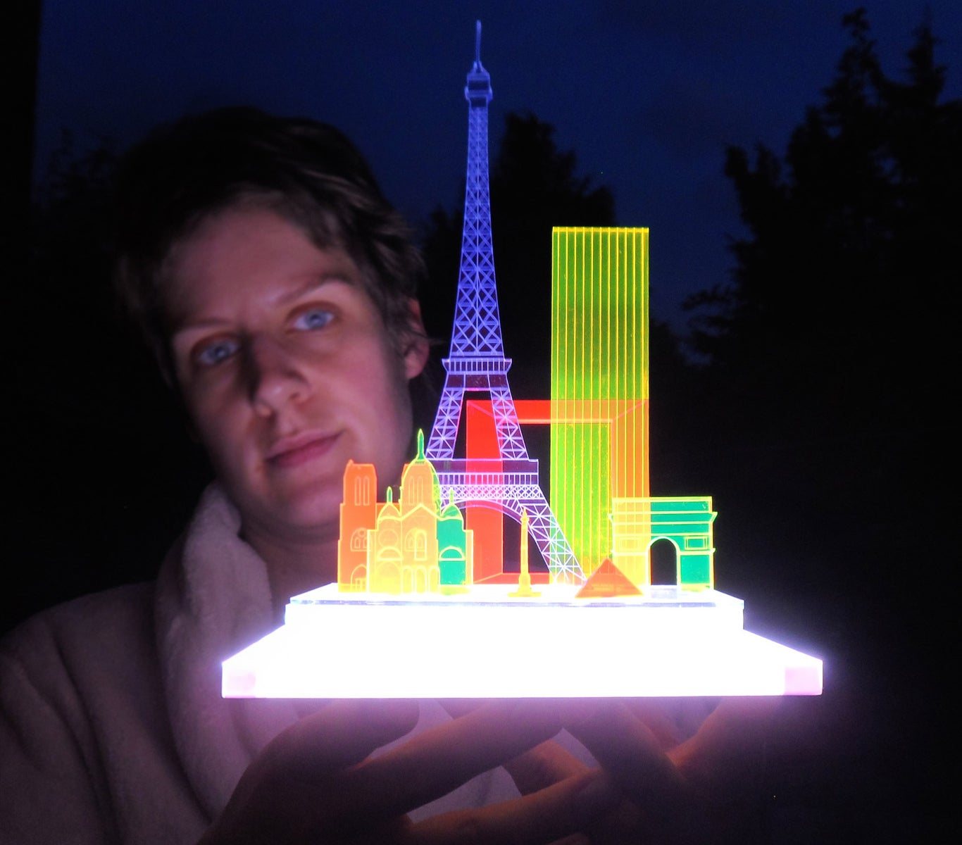 Image of Modular glowing sculpture London/NY/Paris