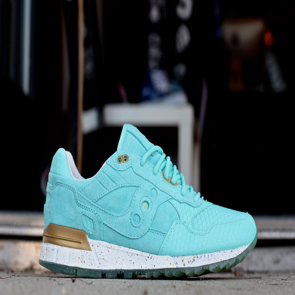 "Image of SAUCONY SHADOW 5000 X EPITOME ""RIGHTEOUS ONE"""
