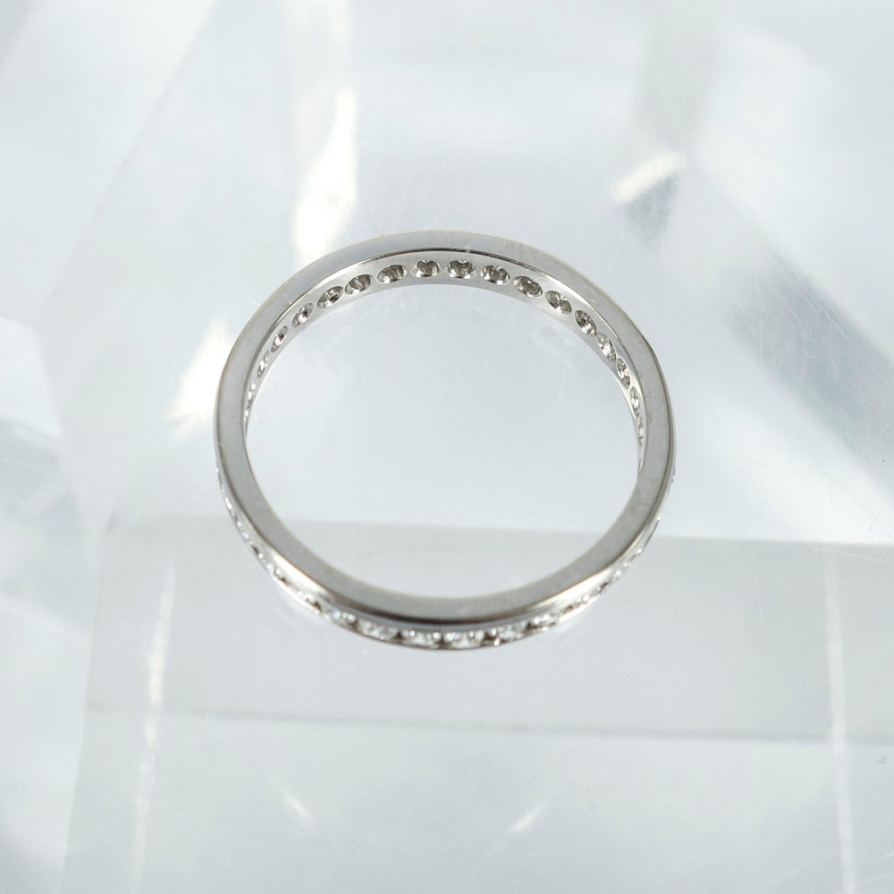 Image of PJ4143 full circle channel set ring