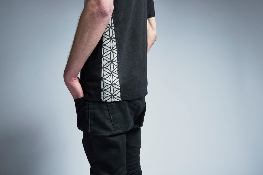 Image of FLOWER OF LIFE tee